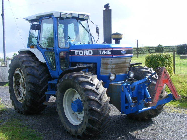 Tractor Restoration Projects : Ford tw