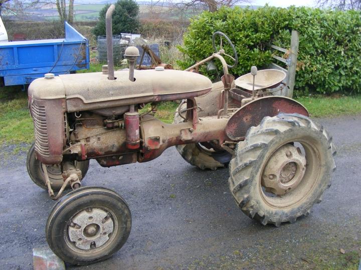Tractor Restoration Projects : International farmall