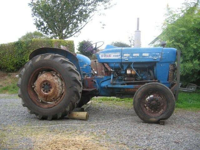 Tractor Restoration Projects : Ford super dexta